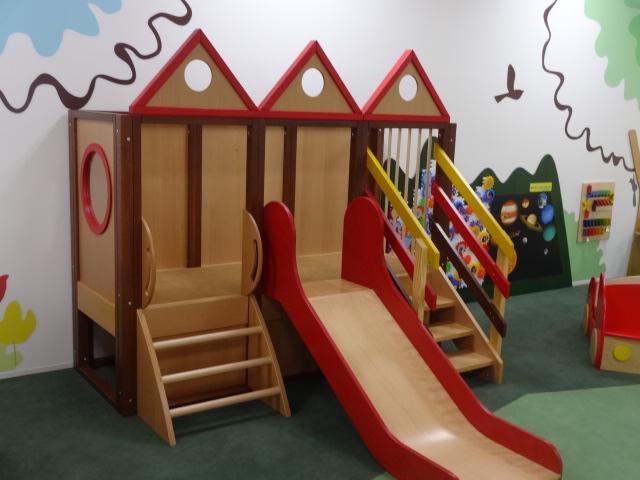 豊洲まちなみ公園の託児施設、豊洲キッズルームのご紹介です。