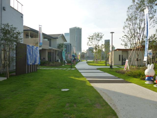豊洲まちなみ公園には15棟のモデルハウスがそろっています。