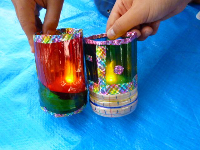 豊洲水彩まつりでペットボトルでランプシェード作り