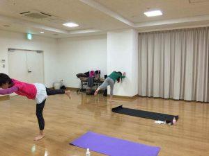 株式会社GRID 寺澤やす子 4 ヨガ 豊洲マガジン