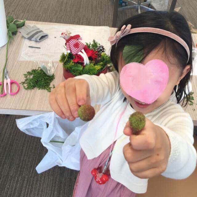 子供向けフラワーアレンジメント 木澤朋子 3 豊洲マガジン