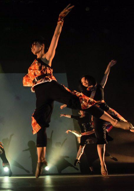 ダンサーのAKANE 4 豊洲マガジン